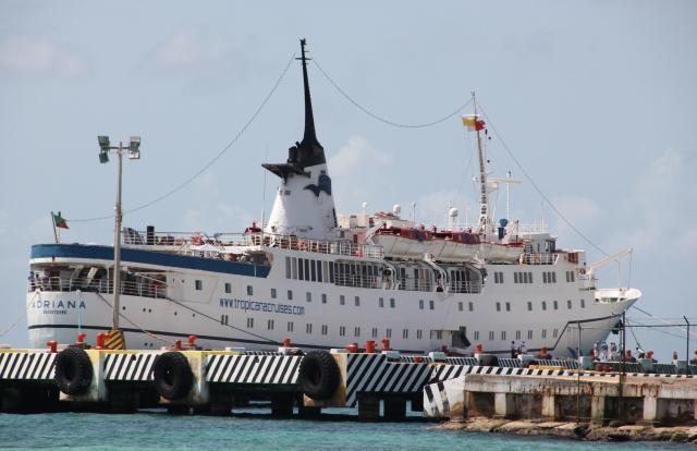 Cruise ship <i>Adriana</i>