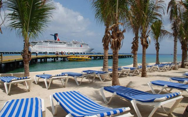 Cozumel cruisers might just stop coming if taxes go up