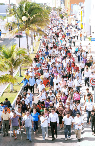 Cozumel: citizens march in protest