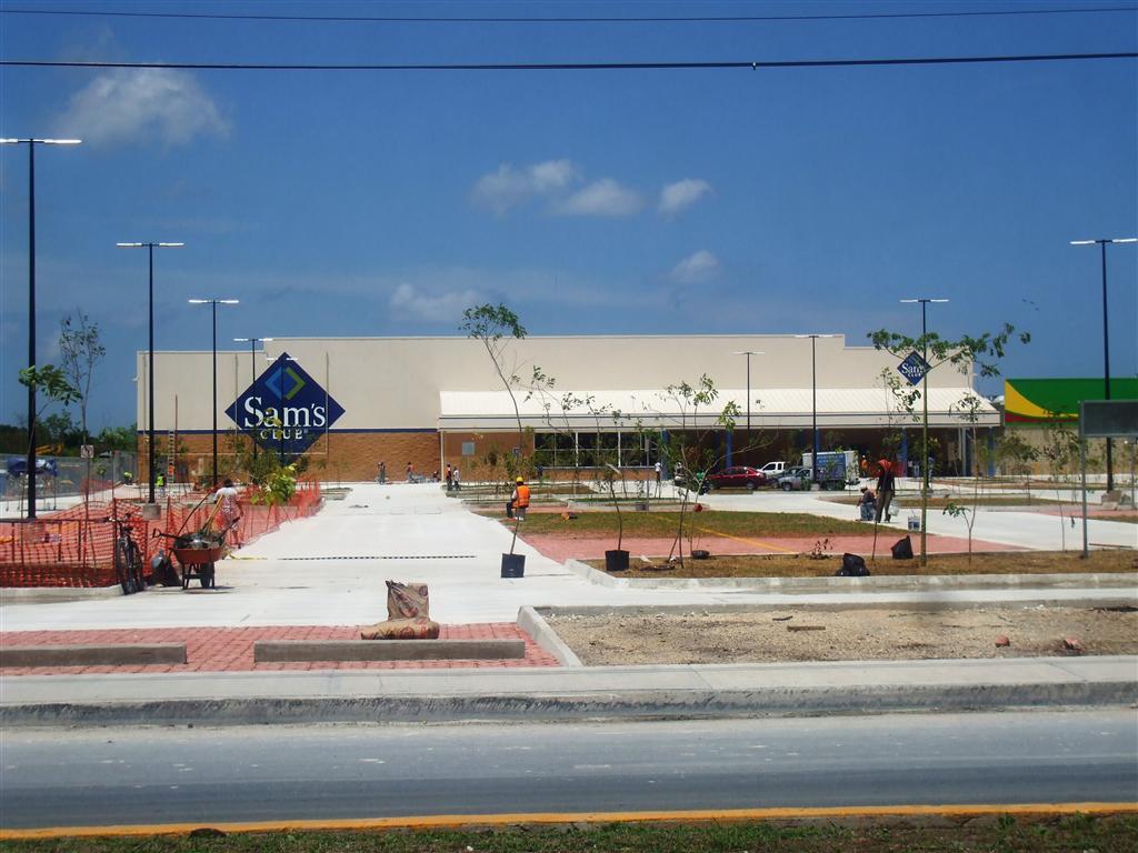 New Sam's Club on Cozumel