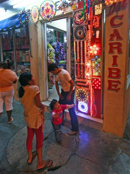 Cozumel shops may close for good